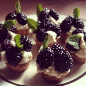 Raw Blackberry Tarts with Mint and Lemon Cashew Cream